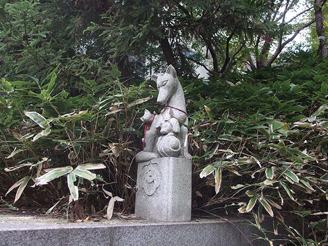 正一位稲荷大明神(横浜市都筑区勝田町)写真