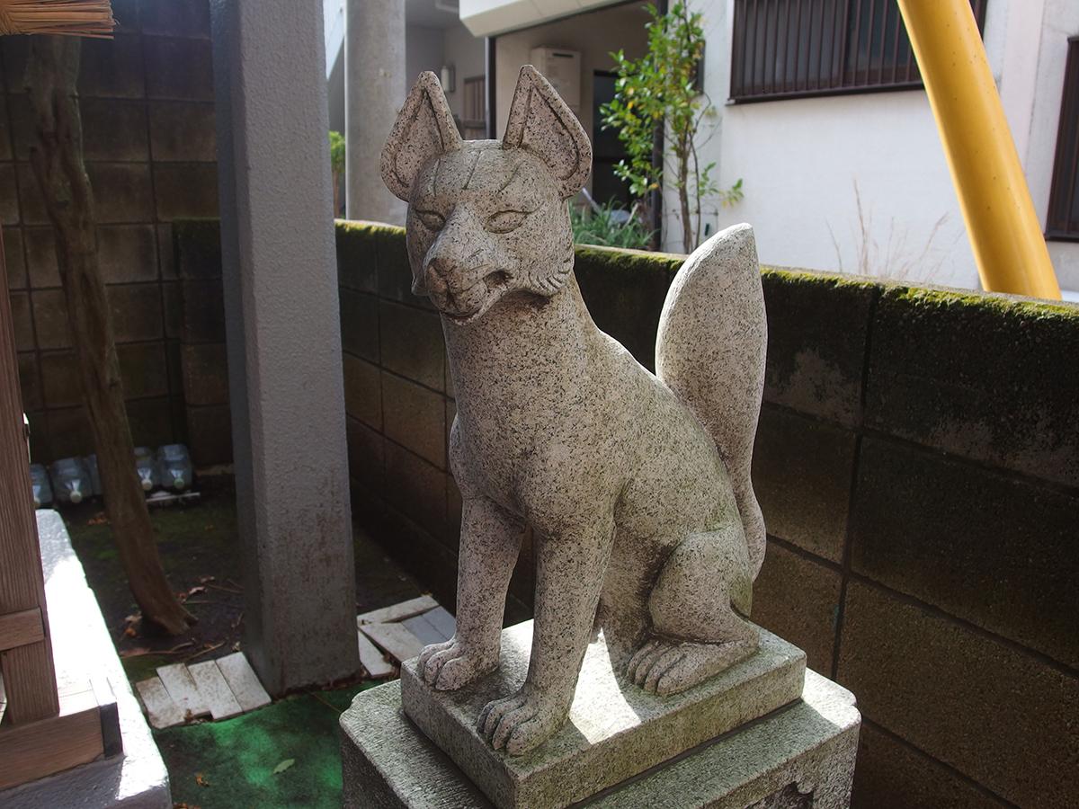 稲荷社(目黒区祐天寺)写真
