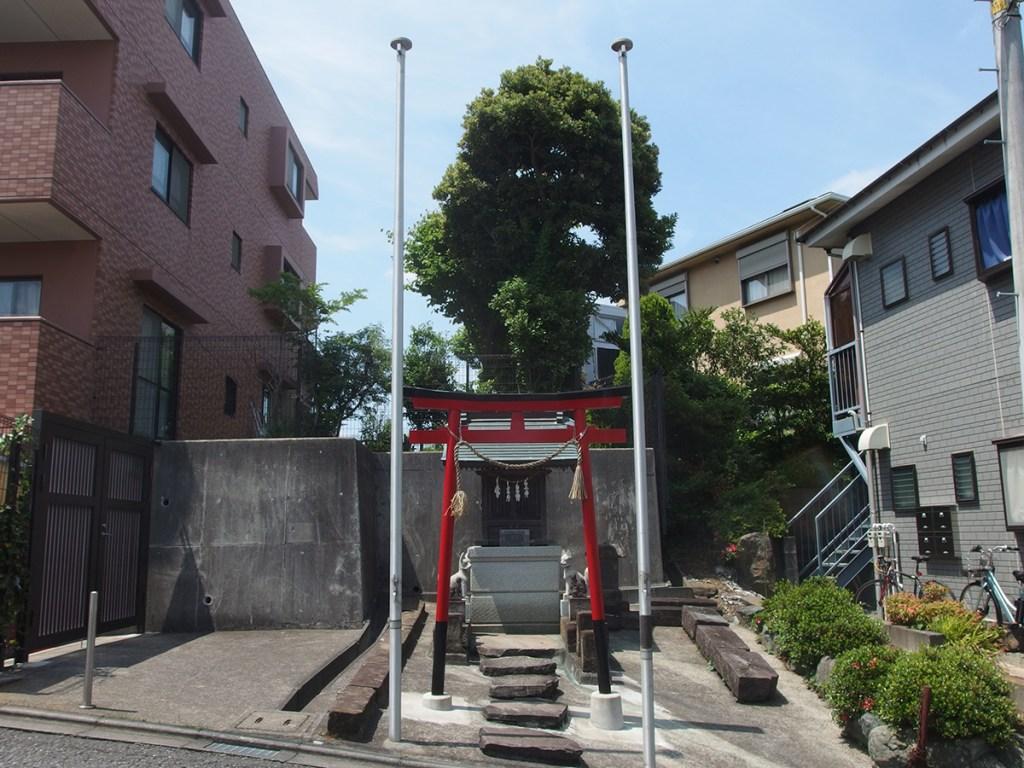 鹿谷戸稲荷社