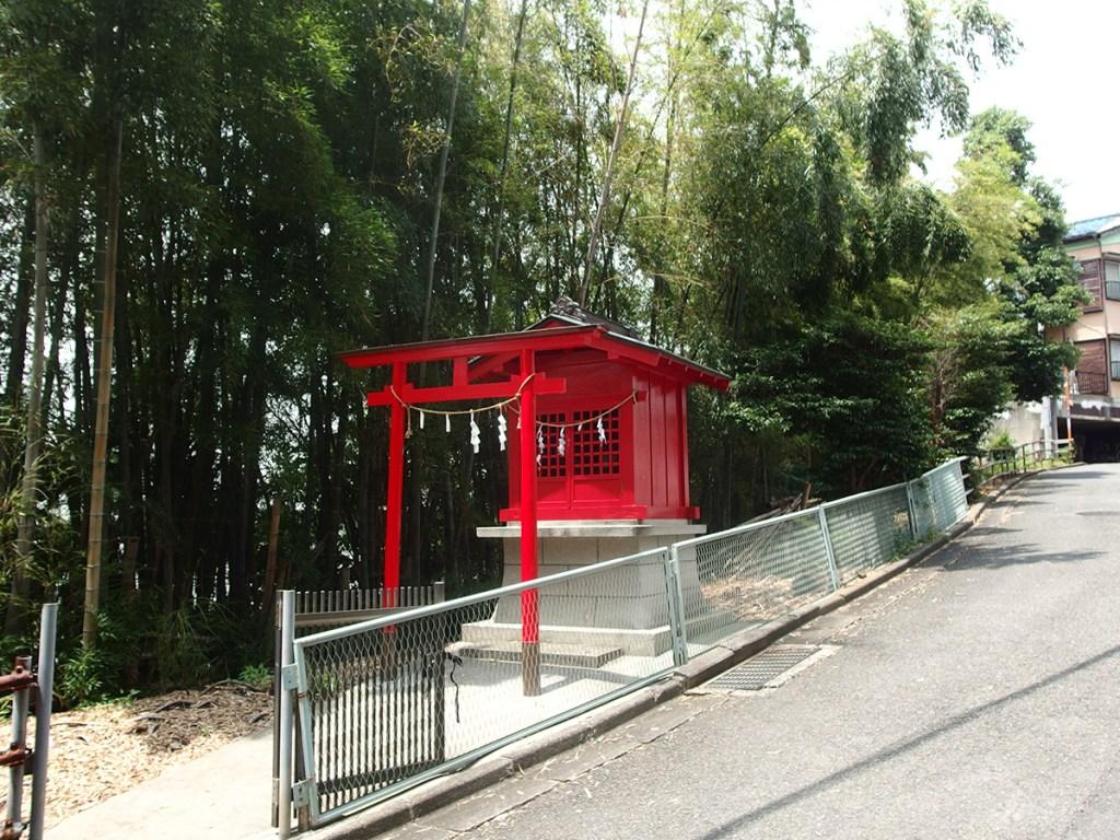 稲荷神社(港北区新吉田東1-75)