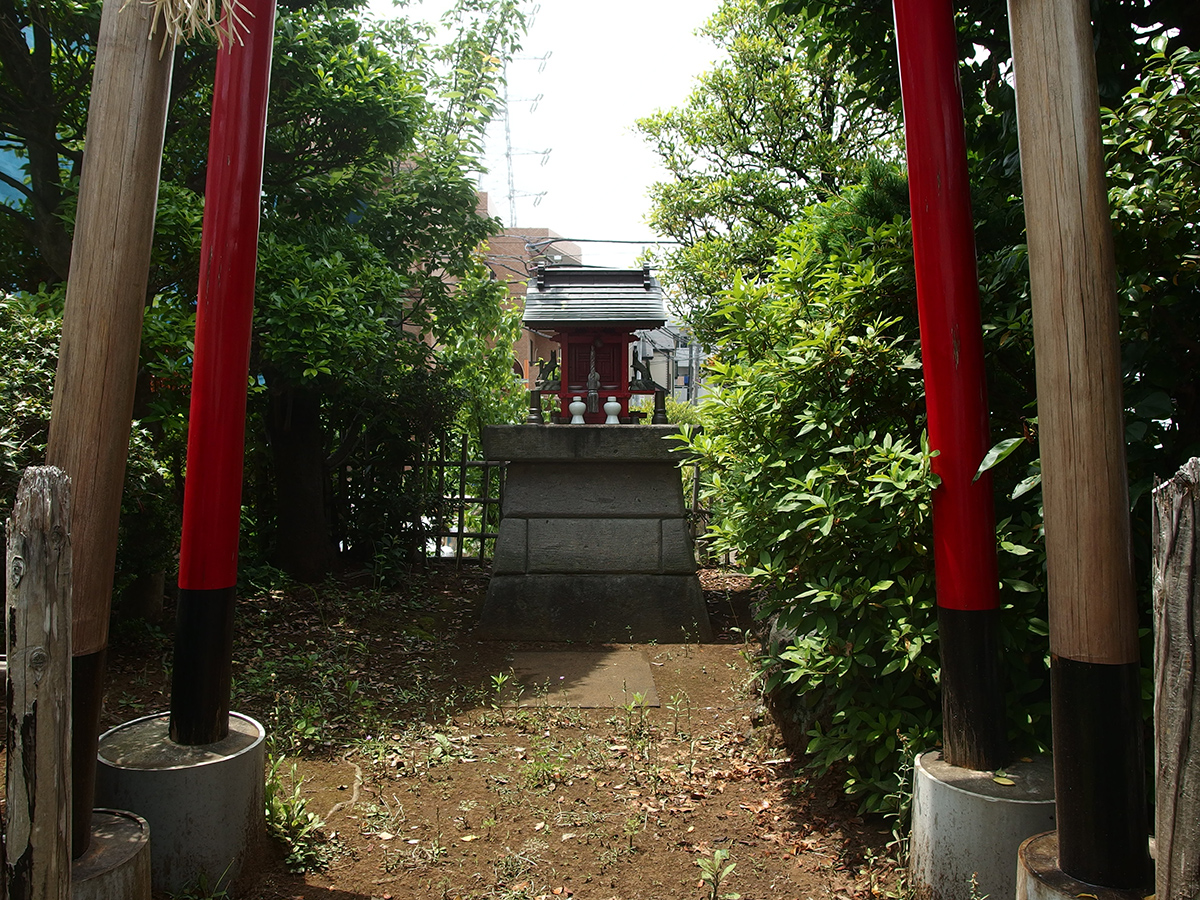 稲荷神社(港北区高田東)写真
