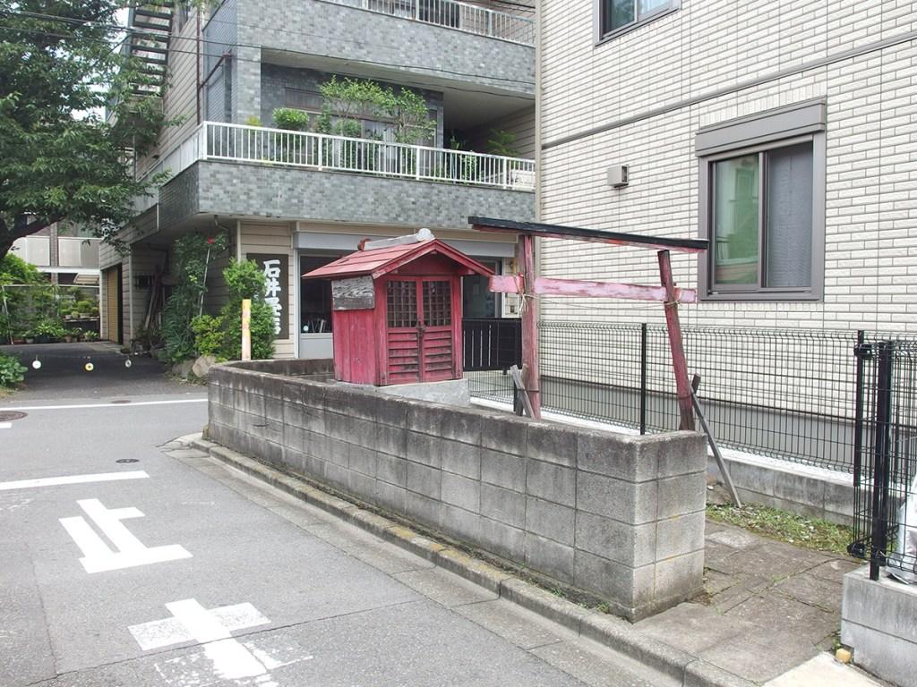 松巳稲荷神社