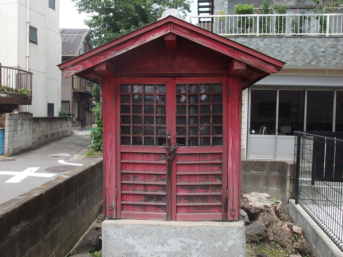松巳稲荷神社写真