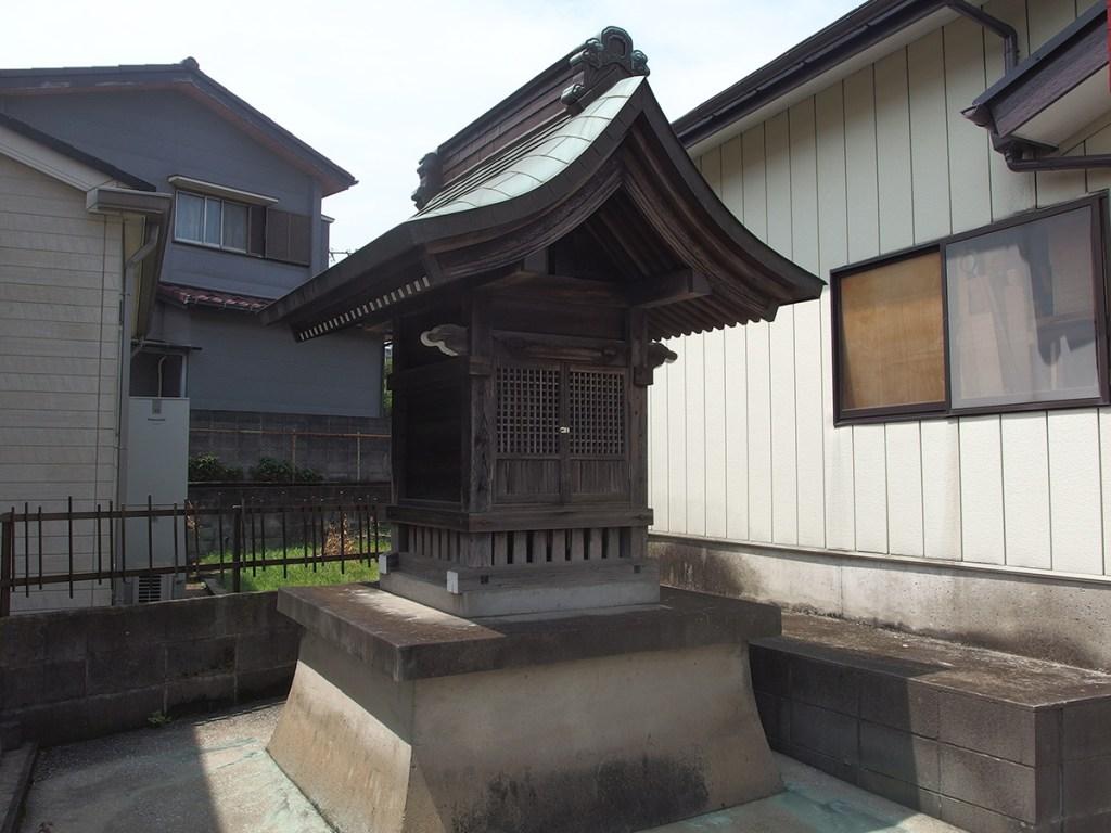 稲荷社(横浜市保土ケ谷区上菅田町838)