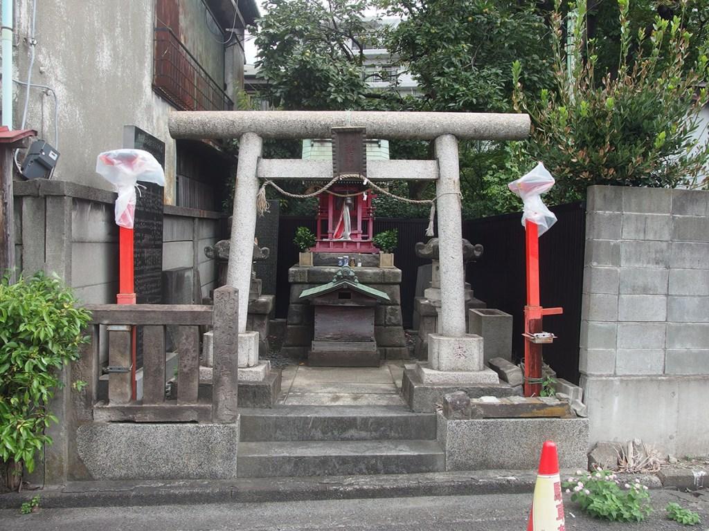 川崎市場稲荷神社