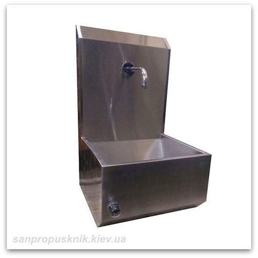 Умывальник с клапаном и санитарной панелью для производства