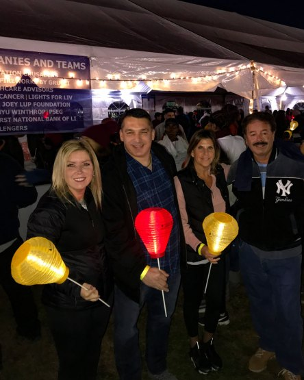 Light-the-Night-for-Leukemia-&-Lymphoma-volunteers