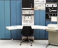PDP-7 (1964): 18μπιτος διάδοχος του PDP-4. Χρησιμοποιήθηκε κατά κύριο λόγο σε εργαστήρια και πανεπιστήμια. Σε έναν PDP-7 σχεδιάστηκε ο αρχικός πυρήνας του λειτουργικού συστήματος UNIX, το 1969. Αρχική τιμή: 72.000 δολ. Πωλήσεις: 120