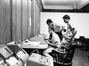 Οι φοιτητές του κολεγίου είχαν πρόσβαση στο κεντρικό mainframe από απόσταση και με χρήση τηλετύπων προγραμμάτιζαν σε BASIC.