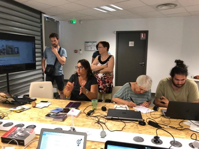 Tour de table durant l'atelier des sans pagES Marseille juillet 2018