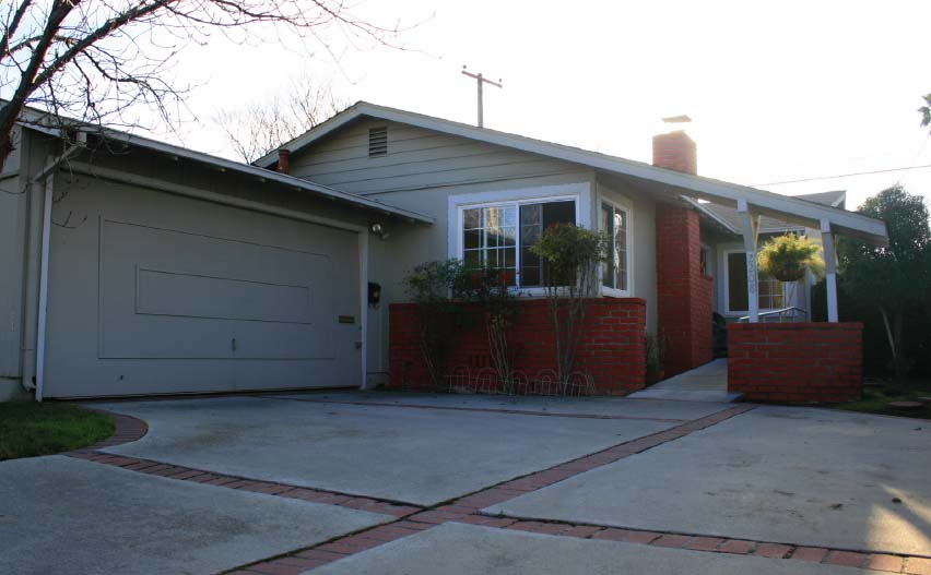 2208 Santa Cruz Avenue, Santa Clara – Bowers Crest Home