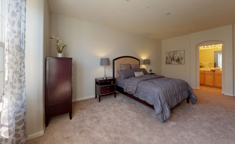544-Altino-Blvd-Bedroom(1)