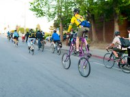 santa-cruz-bike-party_4_4-27-13