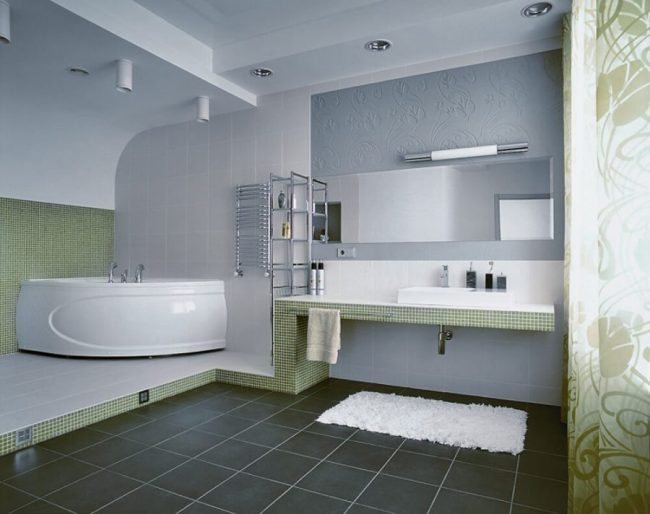 Staggering very small shower room #Tinyspace #Vanities #Apartmenttherapy #Masterbathroomideas