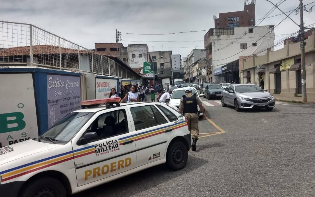 """PM realiza operação """"Volta às Aulas"""""""