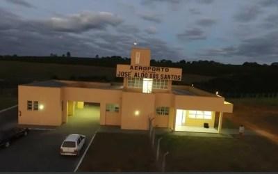 Aeroporto em Oliveira volta a operar