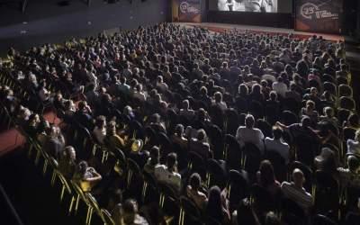 Cinemas terão mais prazo para adaptar salas à acessibilidade