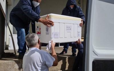 Centro-Oeste recebe novo lote de vacinas; para Itaúna são cerca de 1.200