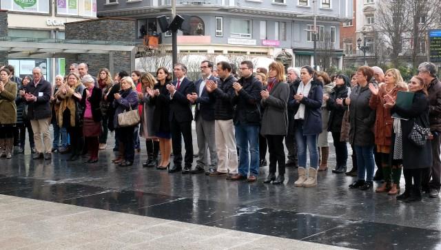 Santander se suma al dolor de las familias de la mujer y la niña fallecidas en Toledo y Madrid