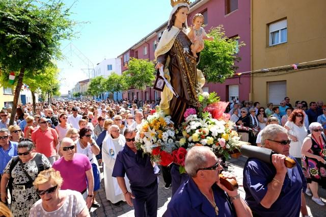 De la Serna celebra las fiestas del Carmen con los vecinos del Barrio Pesquero