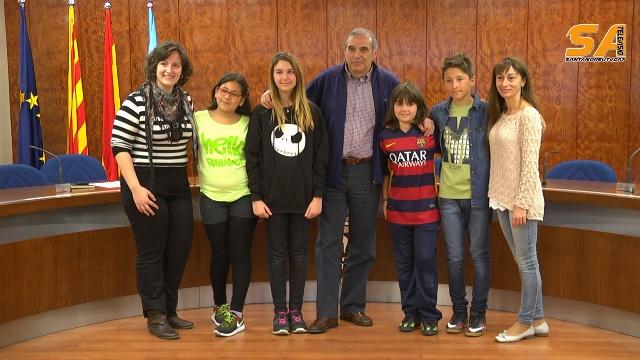 alcalde respon a nens