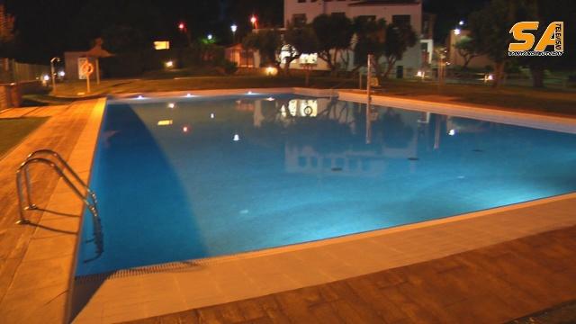 Inaugurada la remodelaci de la piscina de can salvisant for Piscina sant andreu