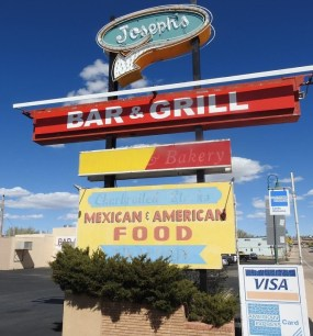 Joseph's Bar and Grill