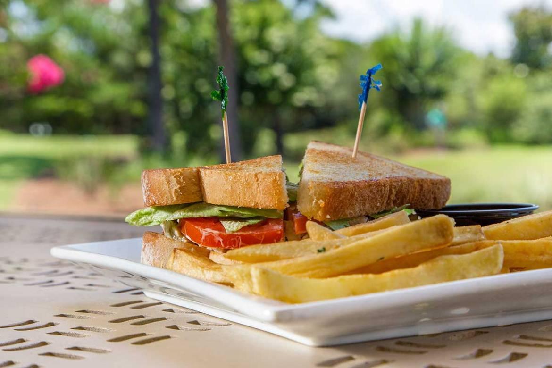 Dining_Mulligans_Grilled-Sandwich-web