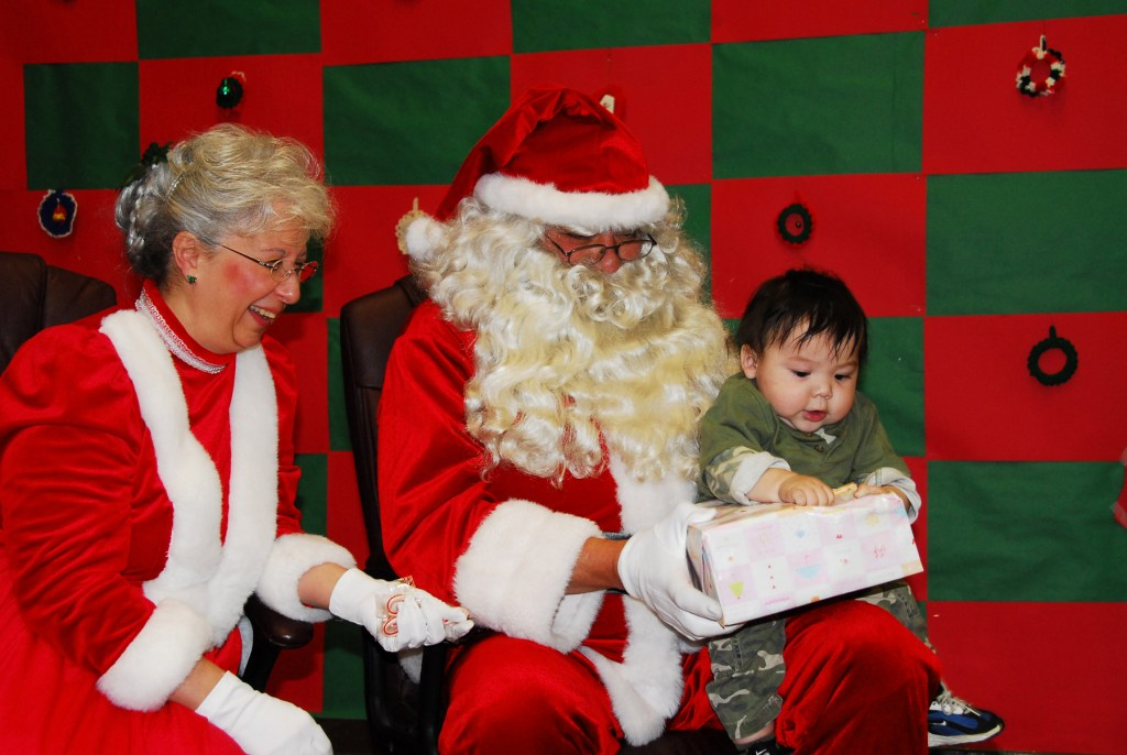 Does Mrs. Claus have children?