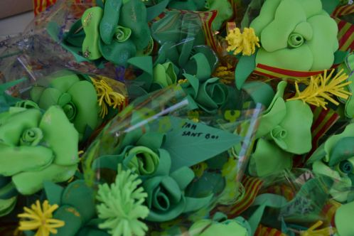 Las rosas hechas por la PAH // Elisenda Colell