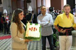 L'alcaldessa de Castelldefels, Candela López, ha participat a l'ofrena floral // David Guerrero