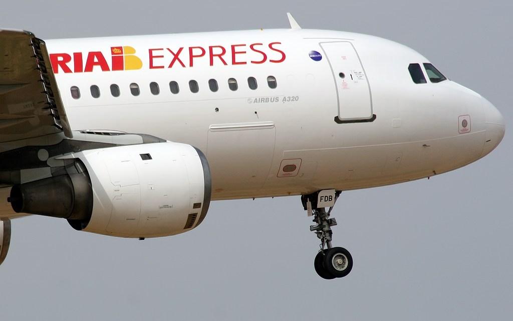 Iberia Express aumenta sus frecuencias entre Santiago y Madrid desde este sábado día 1