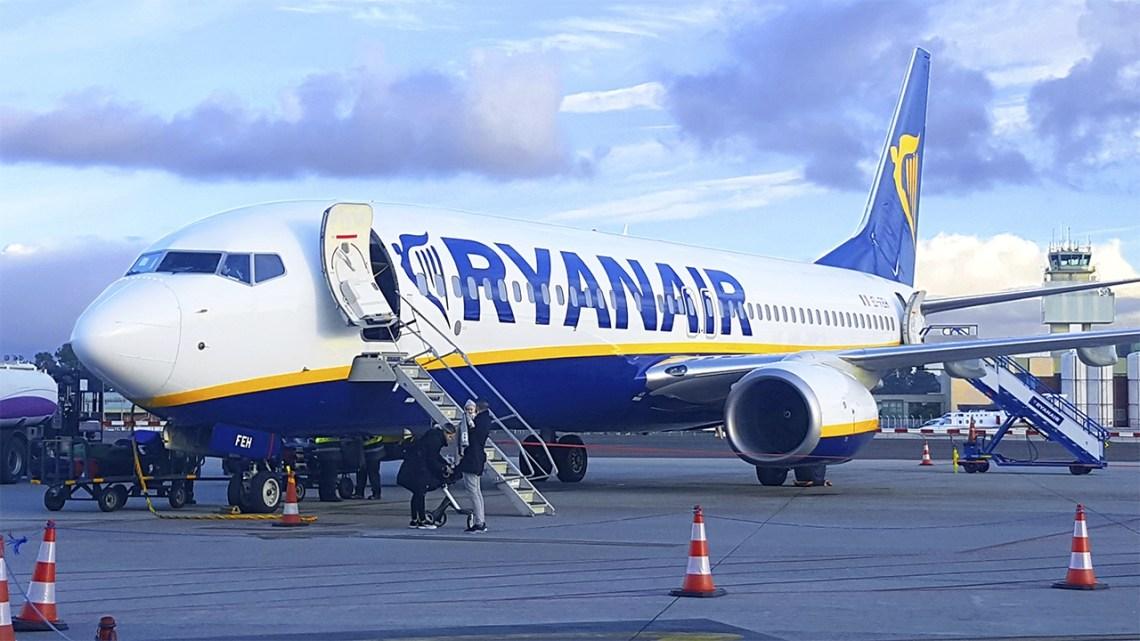 Ryanair tendrá hasta 9 vuelos semanales entre Santiago y Alicante