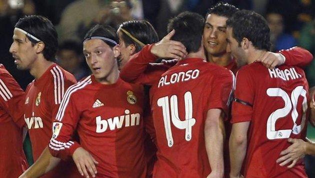 El Real Madrid tendrá una tercera camiseta adidas roja en la temporada 2018/19