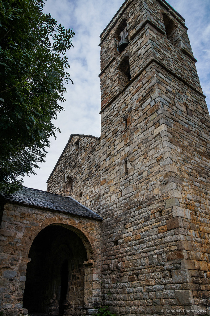 Al pie de la torre
