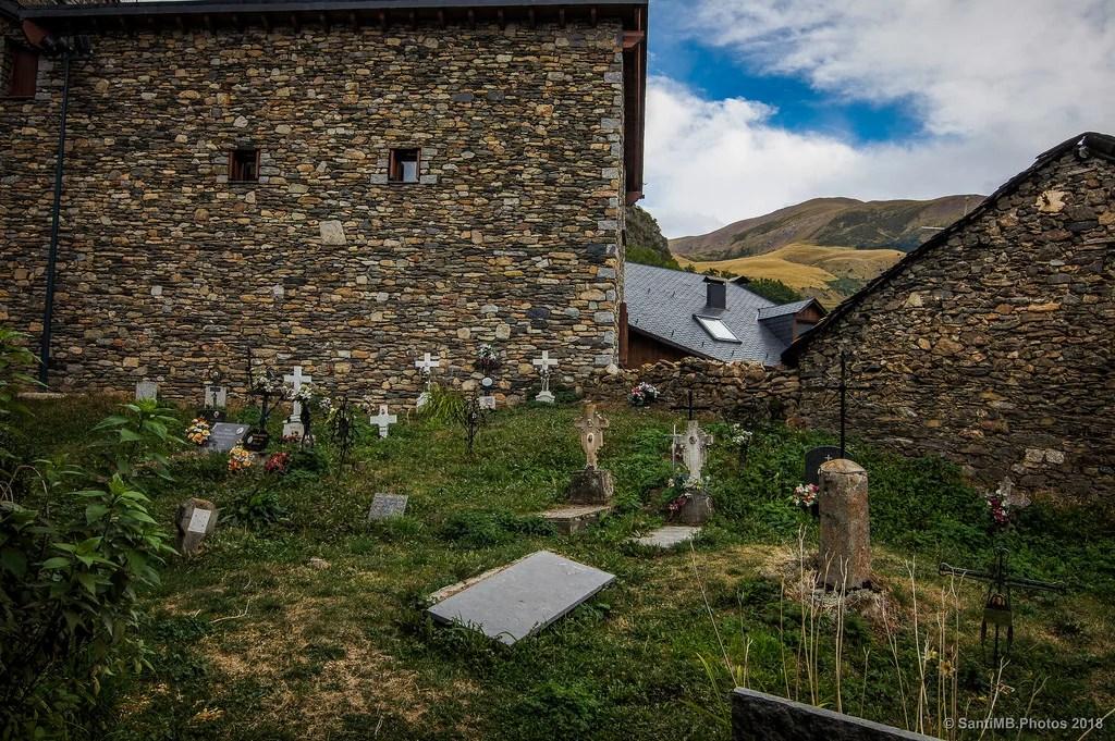 El cementerio de atrás