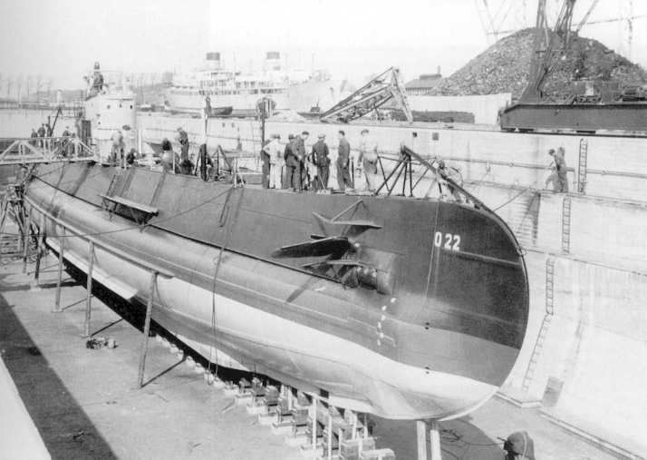 boat_o22_drydock