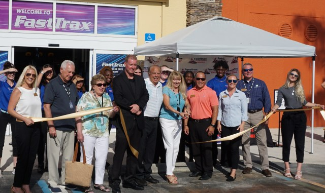 San-Cap Chamber Celebrates New Ownership of Fast Trax, Formerly Zoomers