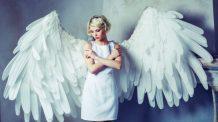 Mikael, anjo da guarda, simbolizando vocação e previsão