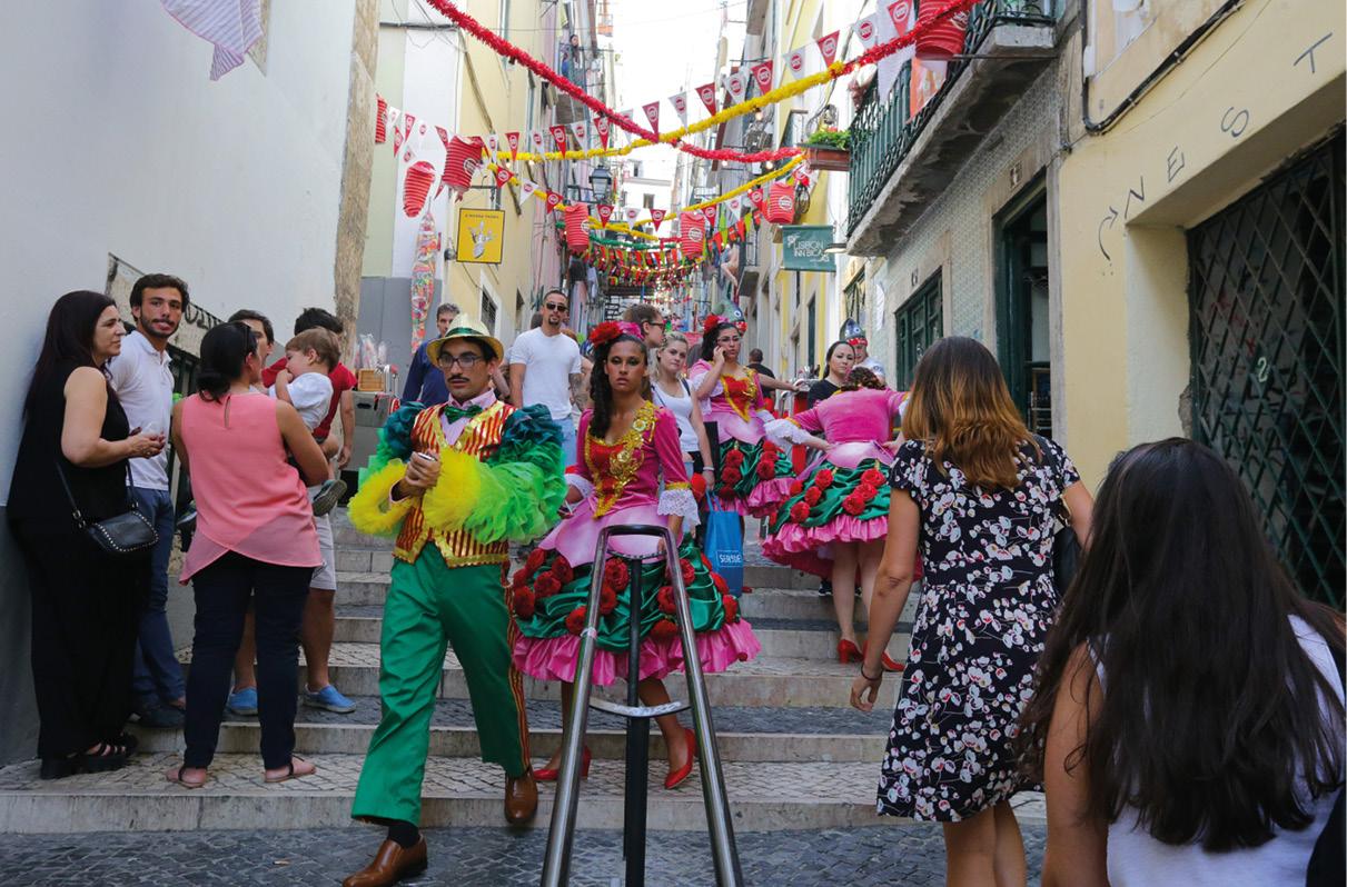 Lisboa, festas populares e turistas