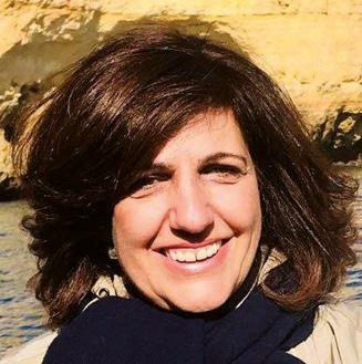 Patrícia Pontífice é Professora Doutora e Coordenadora do Curso de Licenciatura em Enfermagem do Instituto de Ciências da Saúde da Universidade Católica Portuguesa