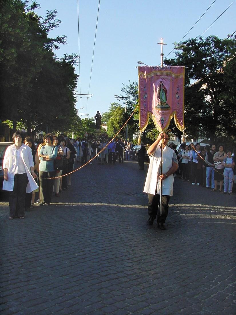 Igreja de Santo António dos Olivais, procissão, Junho 2002