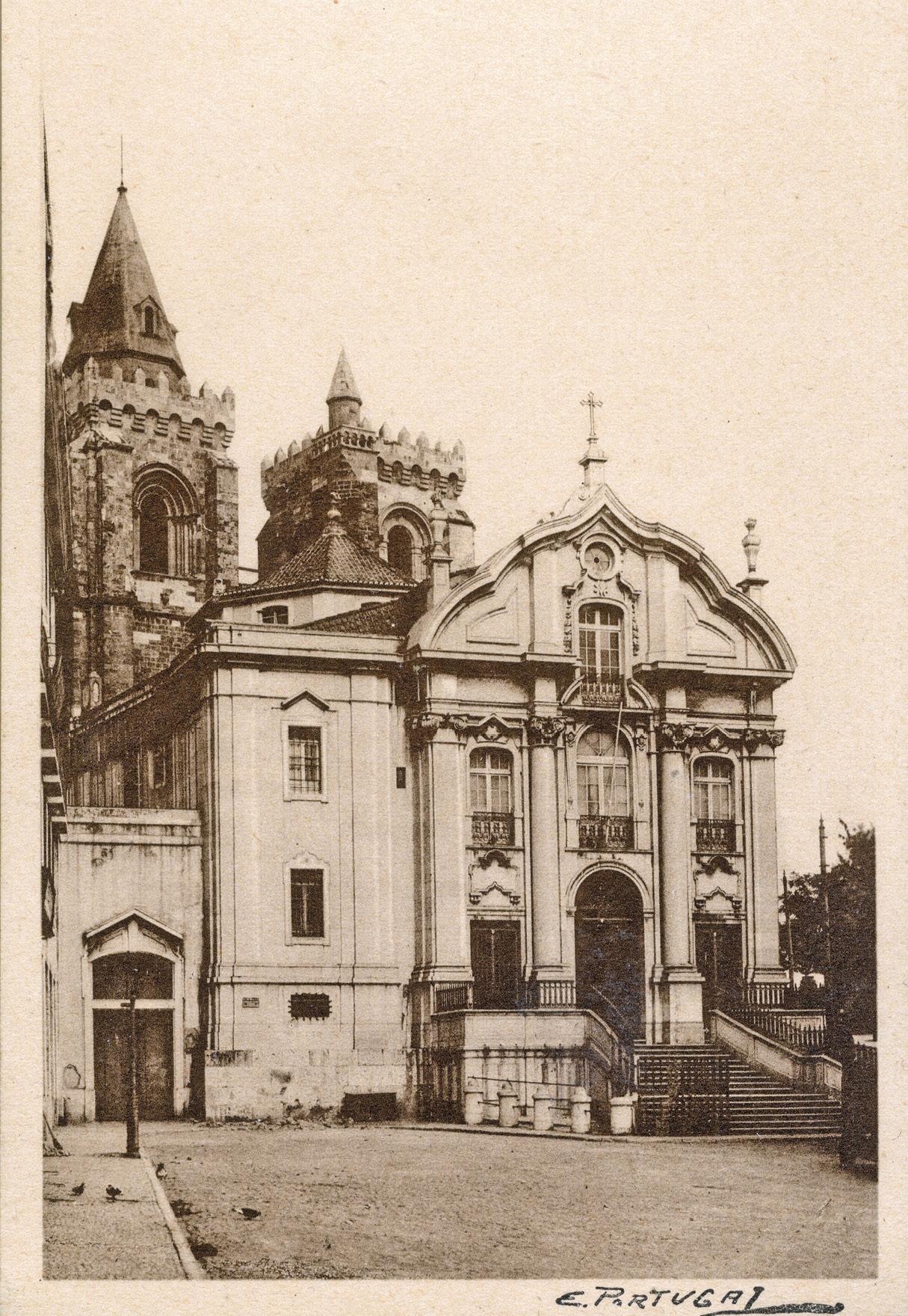Igreja de Santo António, em Lisboa. Década de 1940. Foto de Eduardo Portugal | Museu de Lisboa – Santo António.