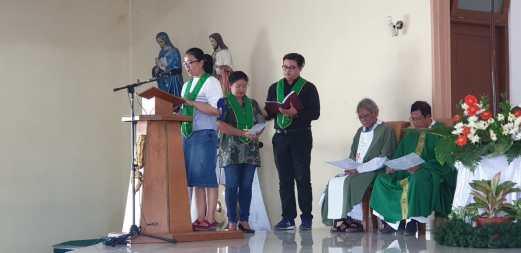 Petugas: lektor dan pemazmur