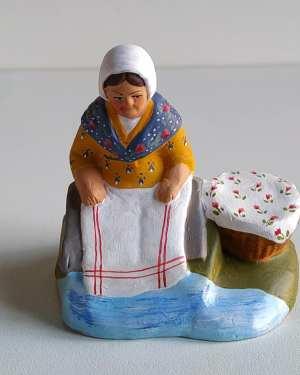 Bugadière santons de provence
