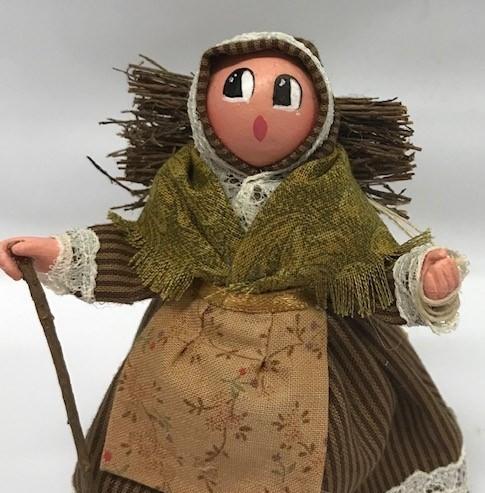 Femme au fagot santons de provence