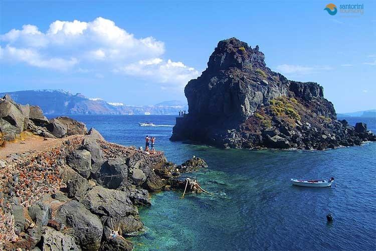 santorini-beaches