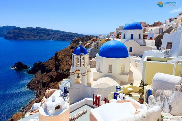 oia-santorini-private-guided-tour
