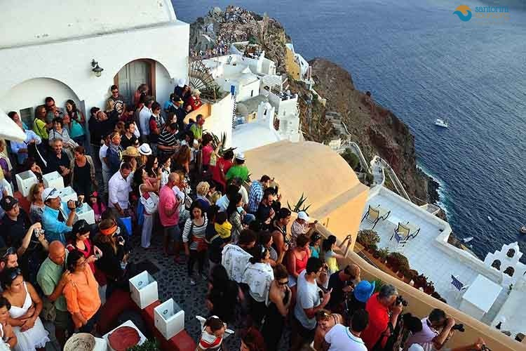 santorini-tour-daily-tours-2