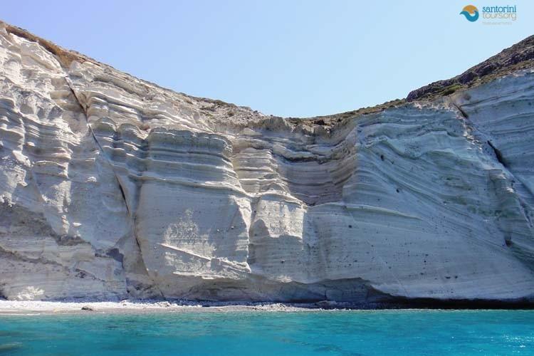WHITE-SAND-BEACH-SANTORINI-GUIDED-PRIVATE-TRANSFERS